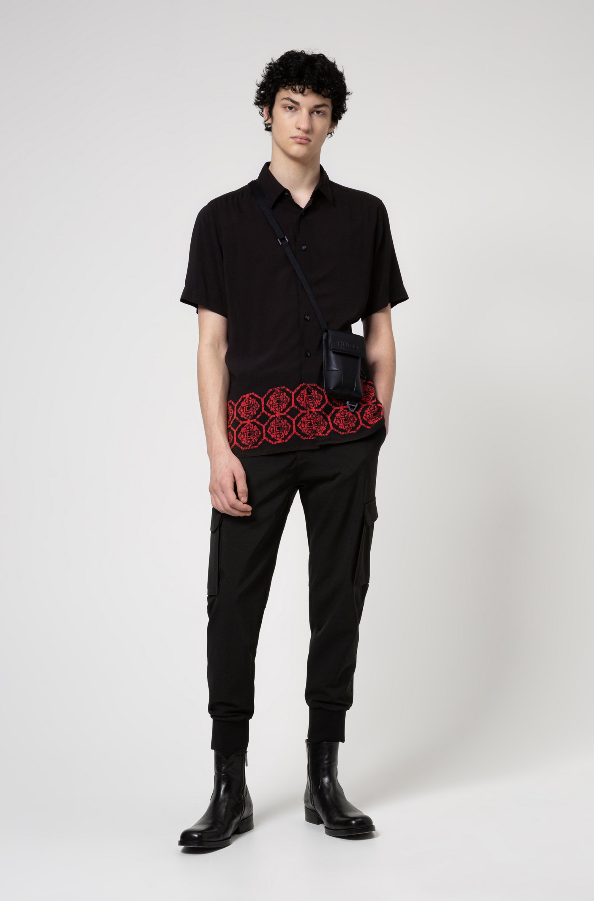 Relaxed-fit shirt with ornamental printed hem