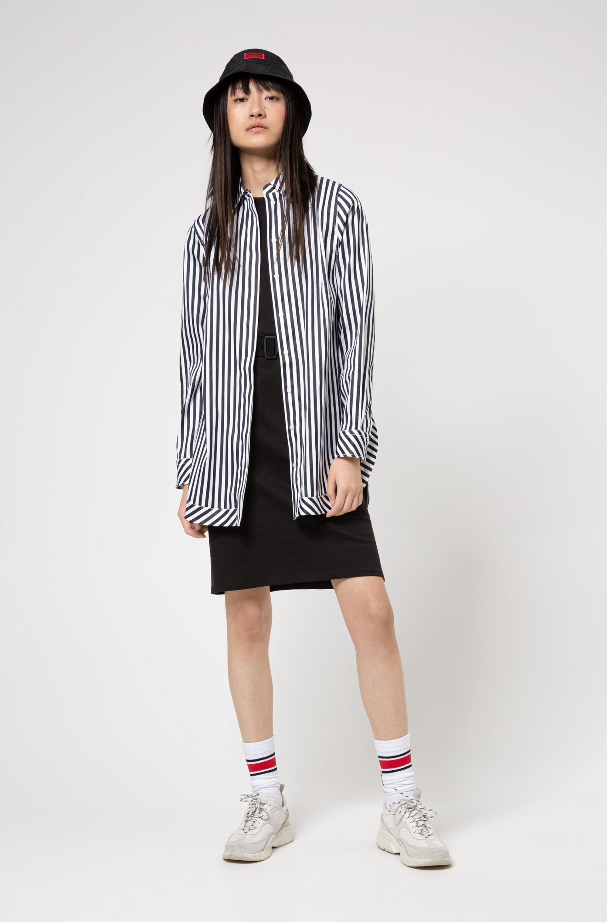 T-shirt dress in organic cotton with logo belt