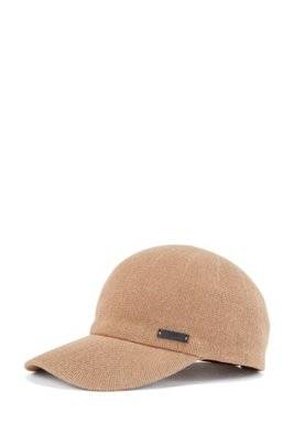 Knitted-cotton cap with adjustable leather strap, Beige