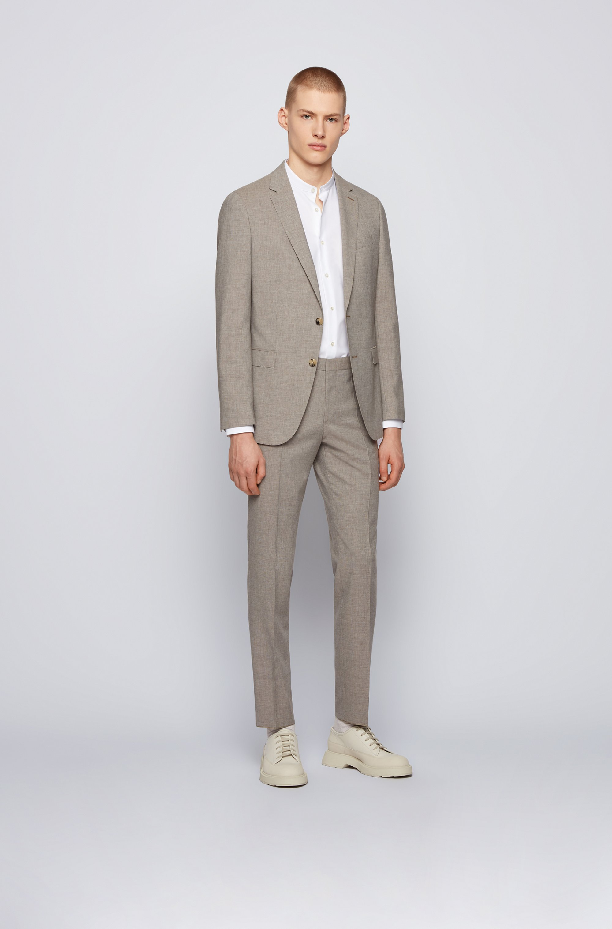 Micro-patterned slim-fit suit with soft construction