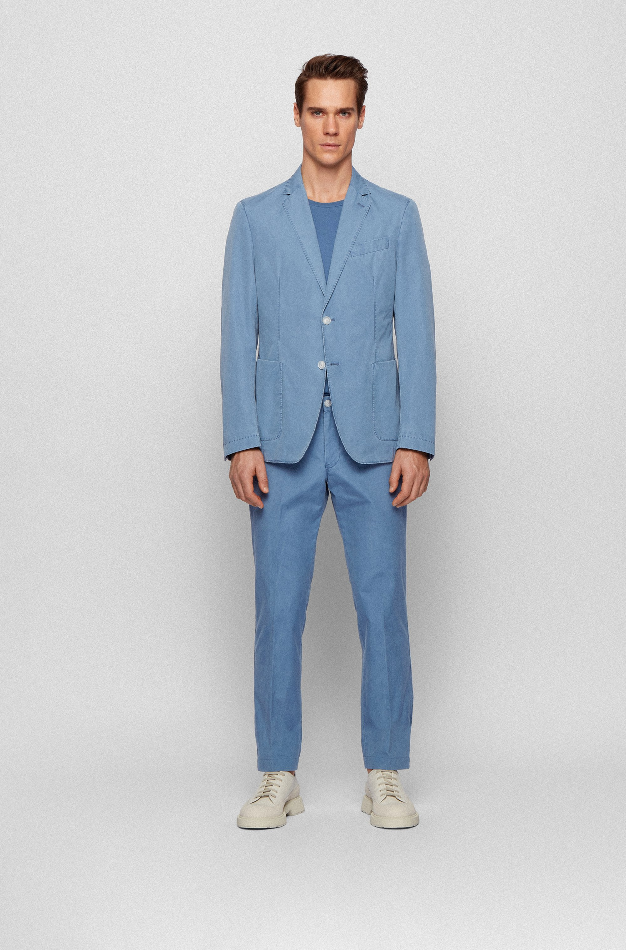 Slim-fit jacket in cotton with two-button closure