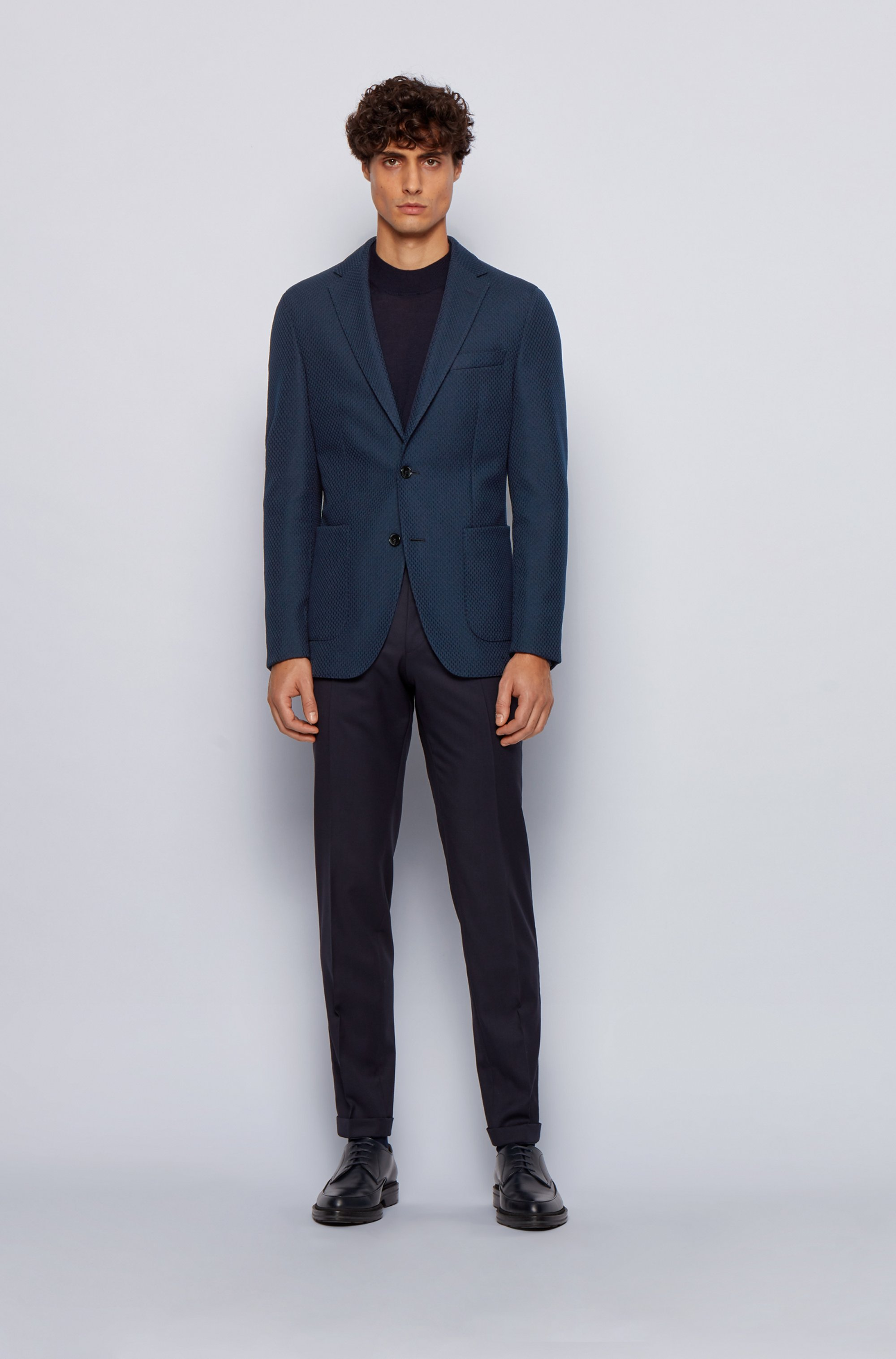 Slim-fit jacket in micro-patterned fabric