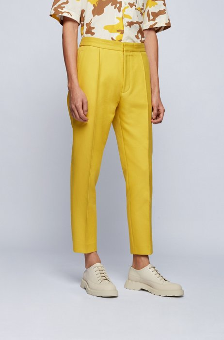 Straight-fit trousers in pure cotton with feature pleats, Yellow