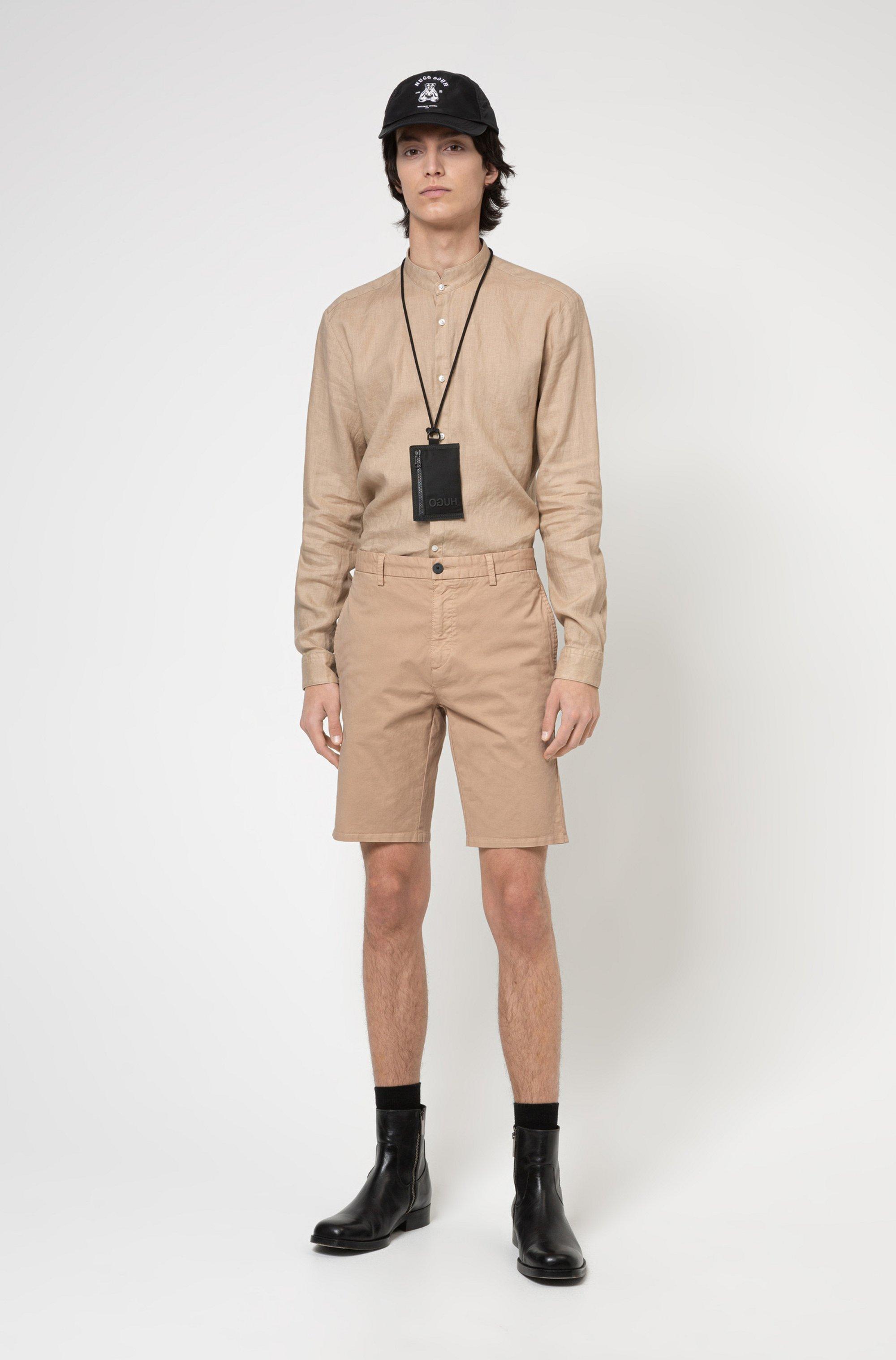 Camicia extra slim fit in lino lavato con colletto rialzato