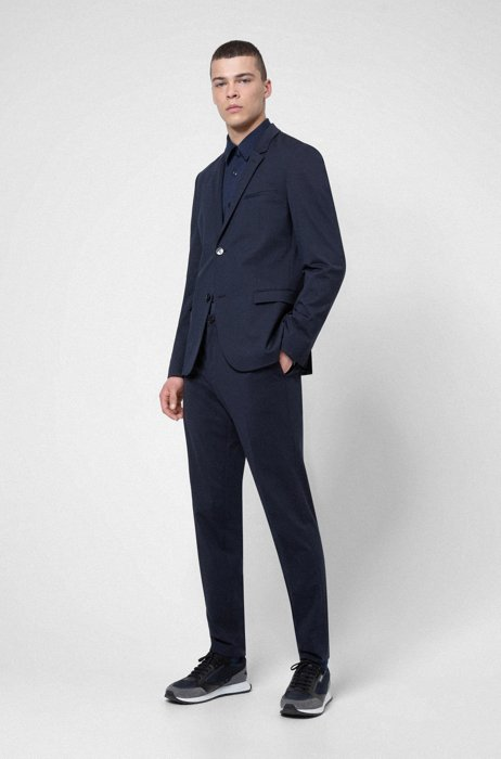 Extra-slim-fit packable suit in high-performance fabric, Dark Blue