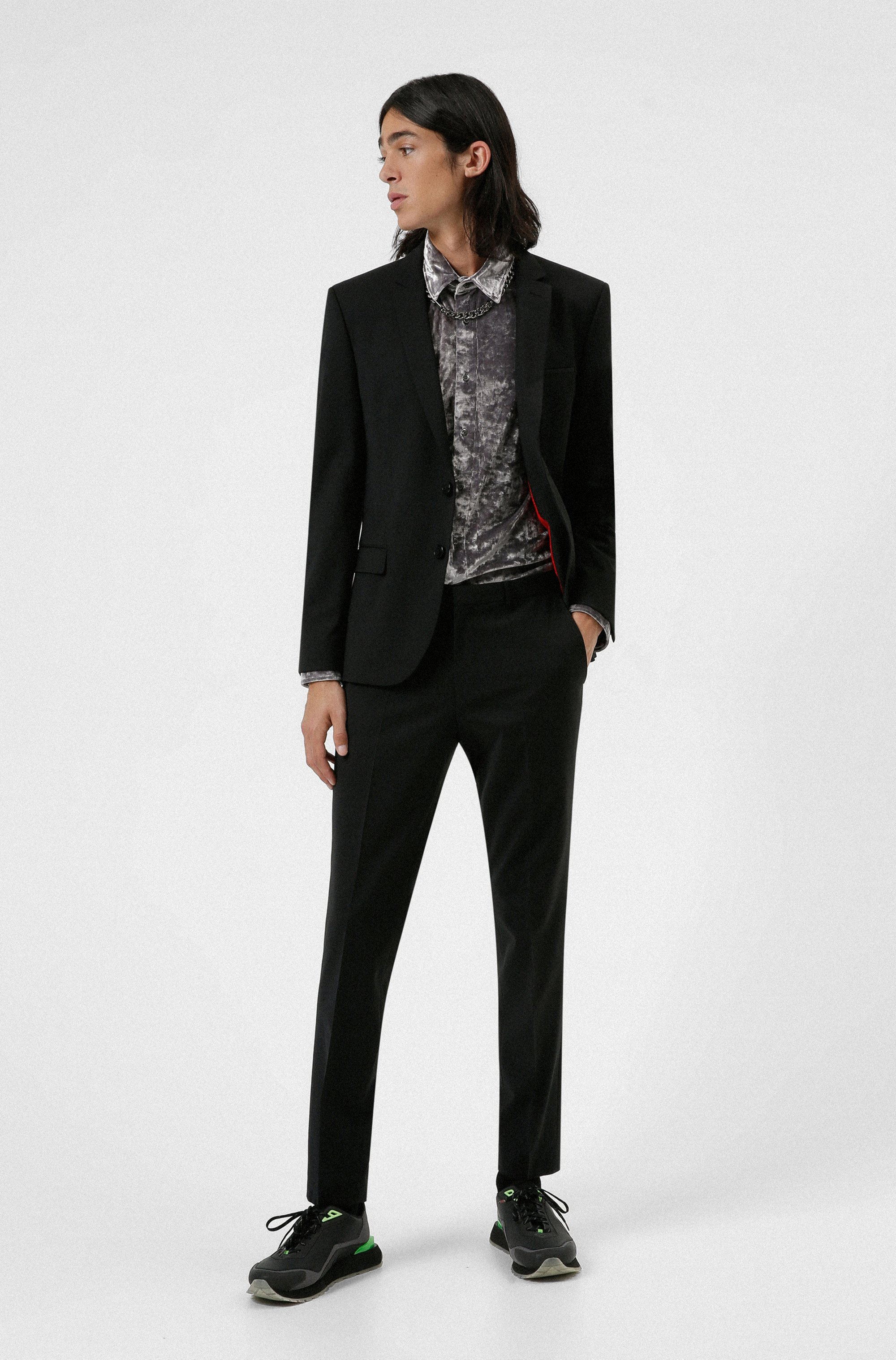 Extra-slim-fit suit in a super-flex wool blend