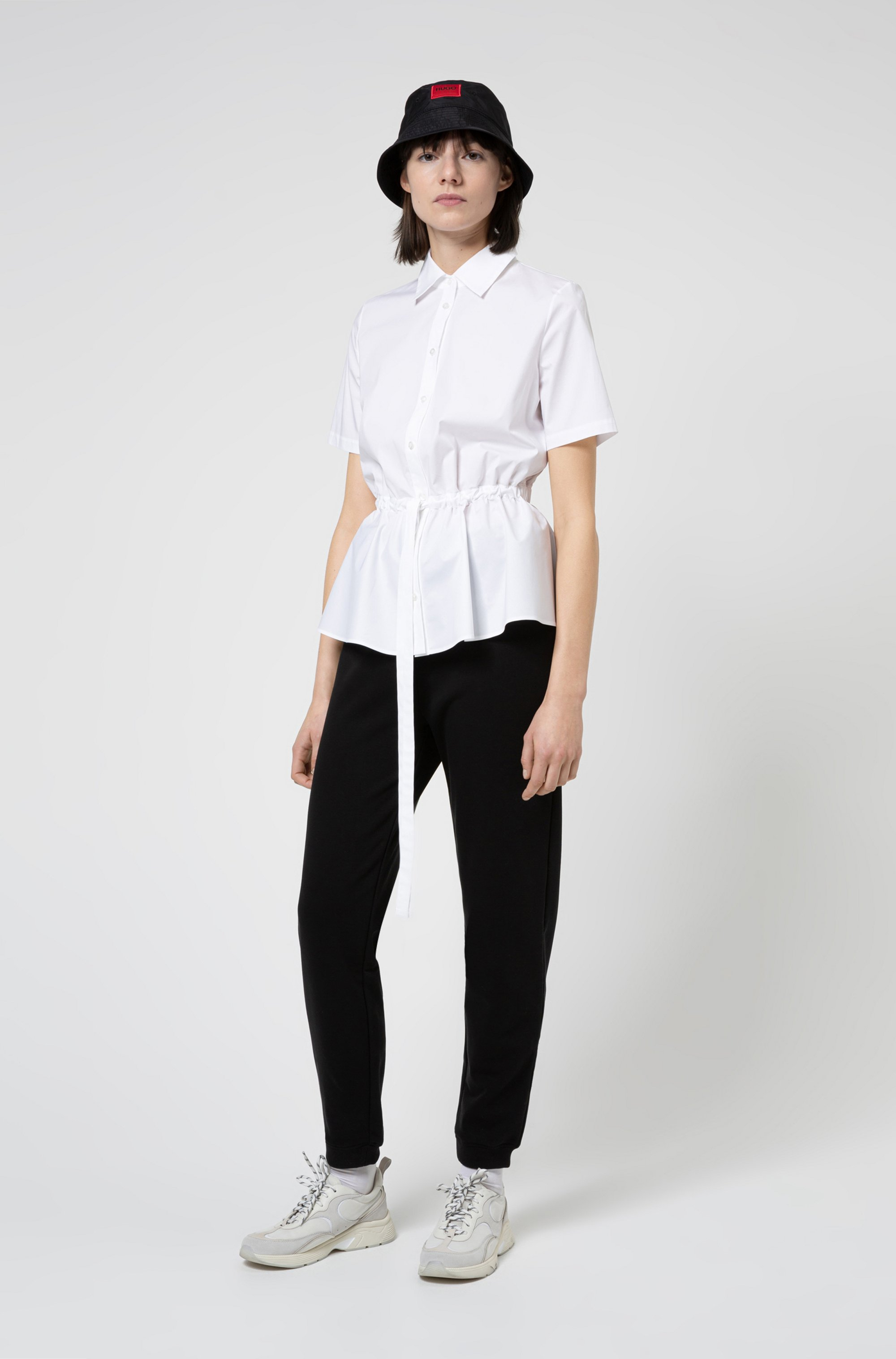 Short-sleeved blouse in stretch cotton with adjustable waist