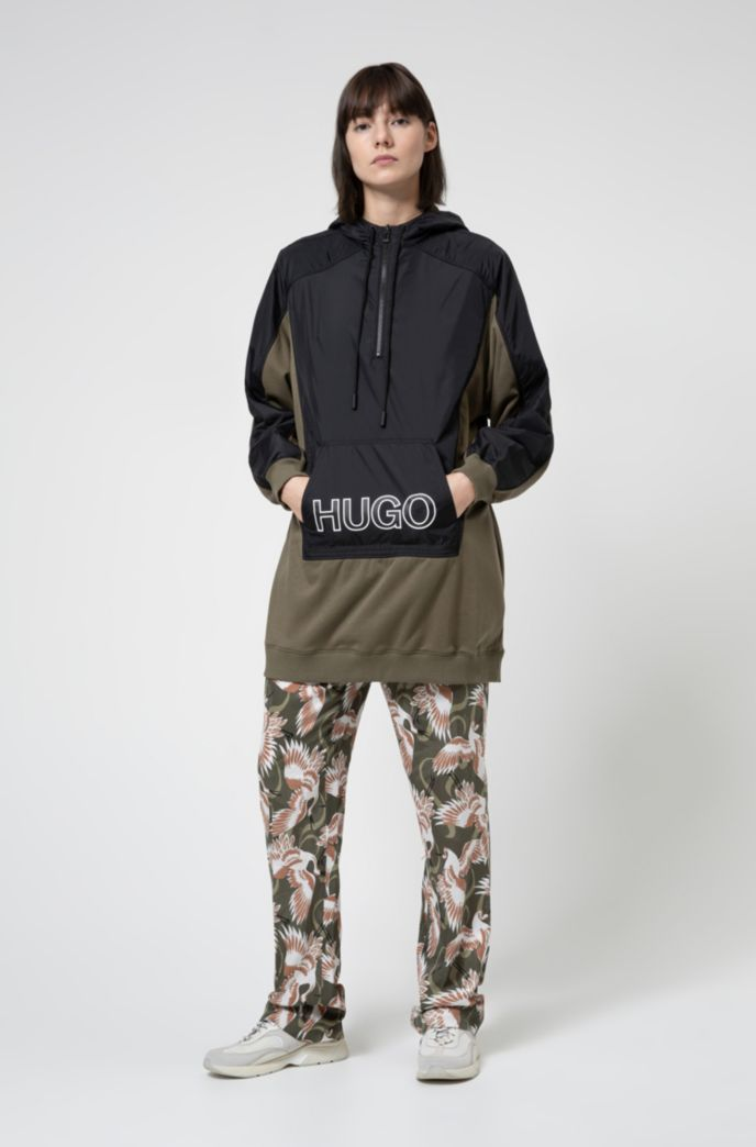 Oversized-fit hooded sweatshirt with 3D-effect logo