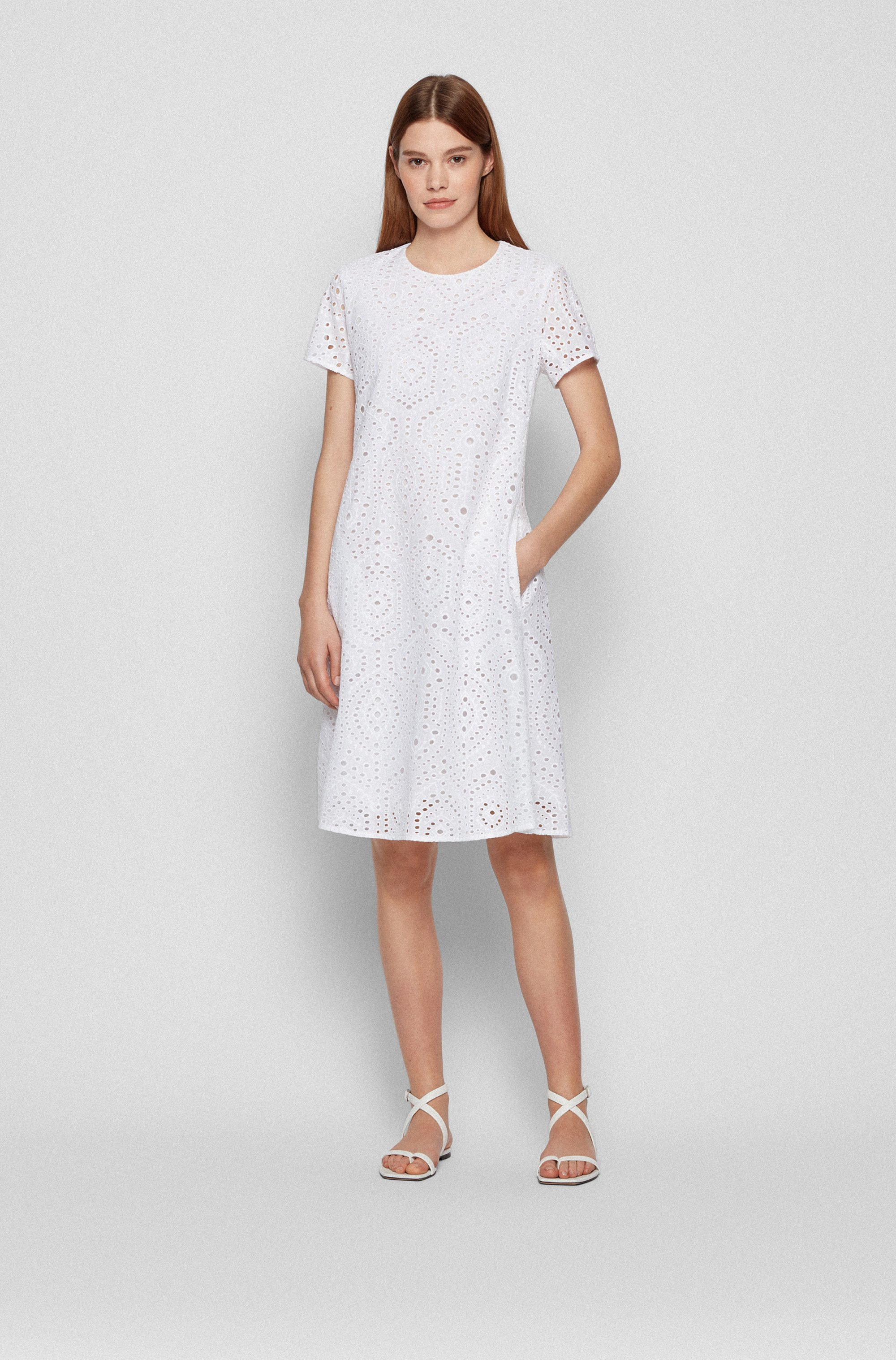 Broderie-anglaise dress with ruched cutaway back