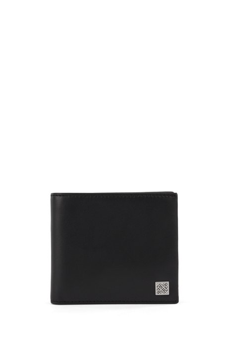 Billfold wallet in smooth leather with monogram plate, Black