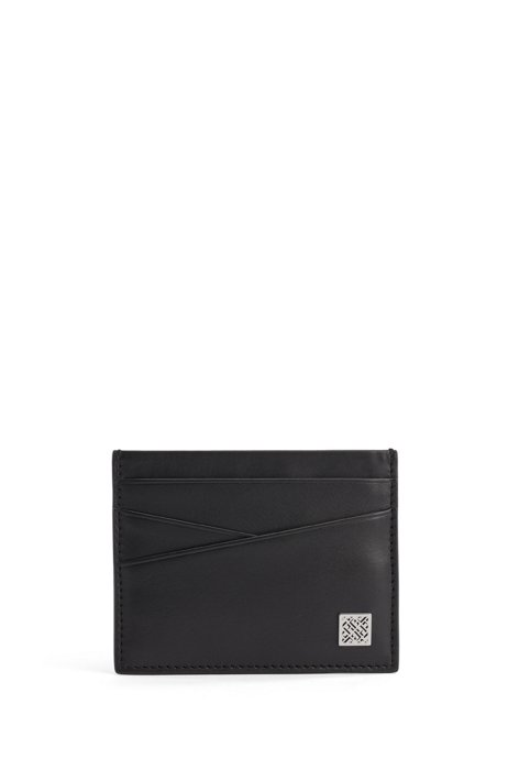 Card holder in smooth leather with monogram logo plate, Black