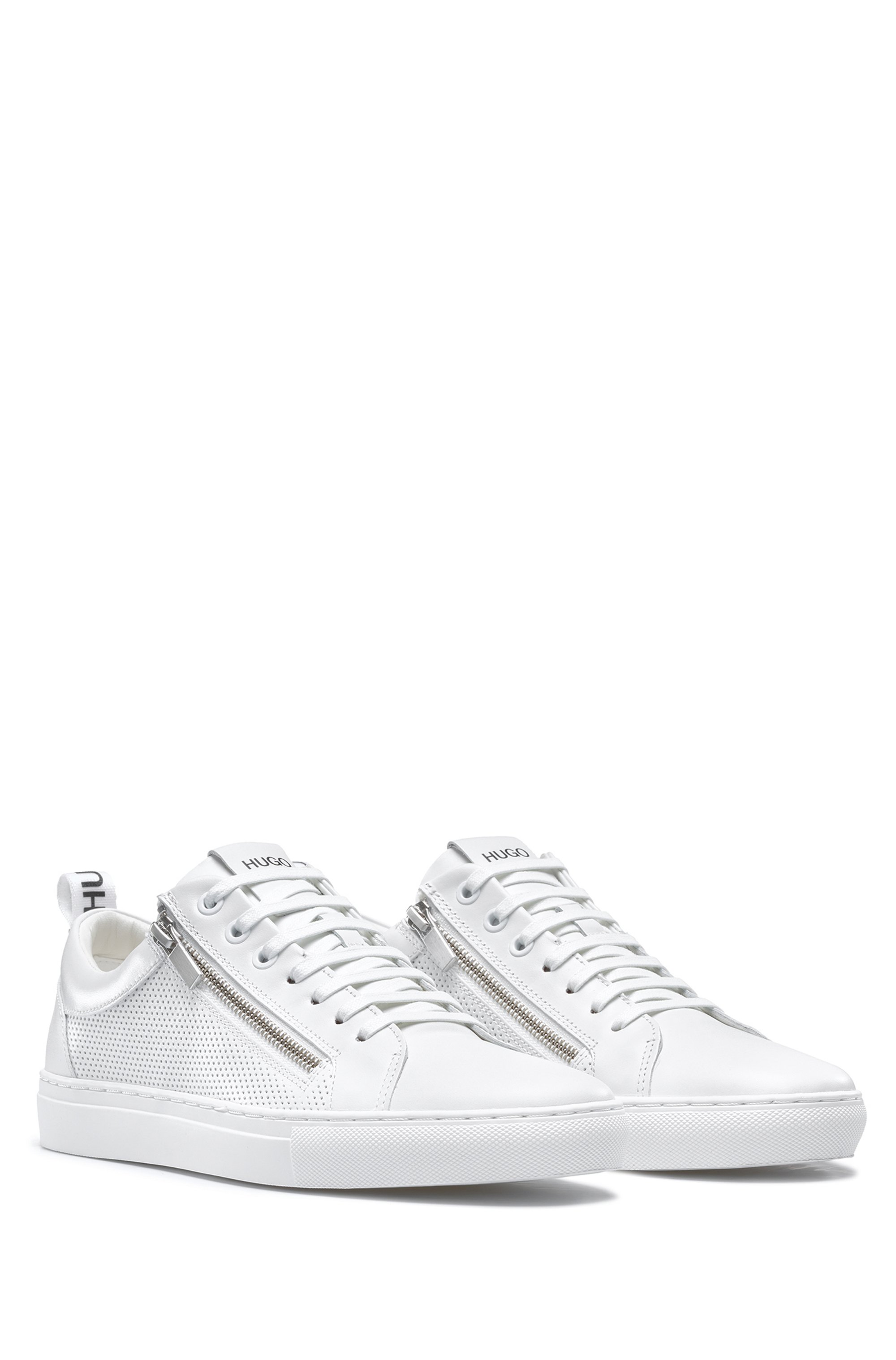 Low-top trainers in nappa leather with zipped uppers