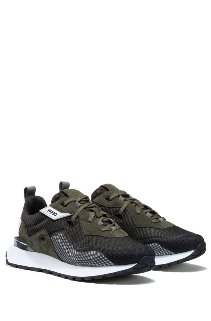 Retro-style trainers with suede and mesh