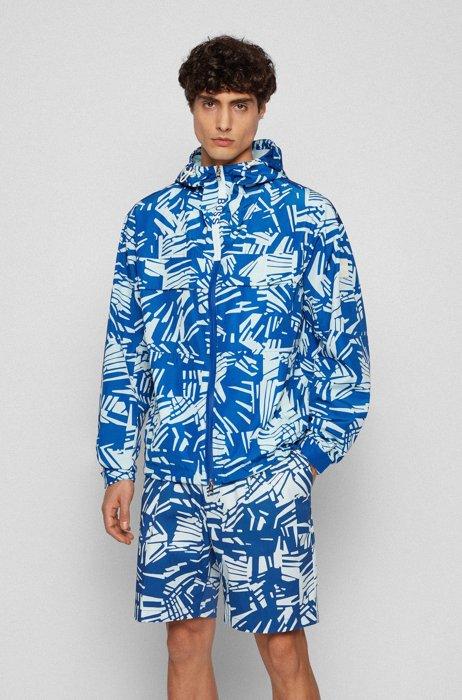 Wasserabweisende Regular-Fit Jacke mit Statement-Print, Blau gemustert