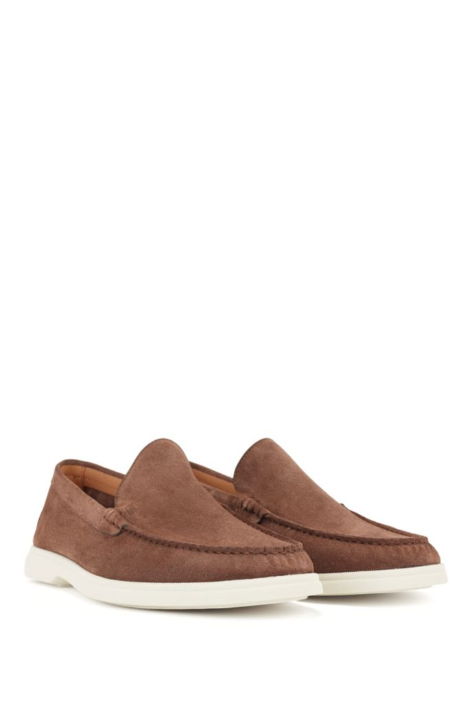 Suede moccasins with contrast sole