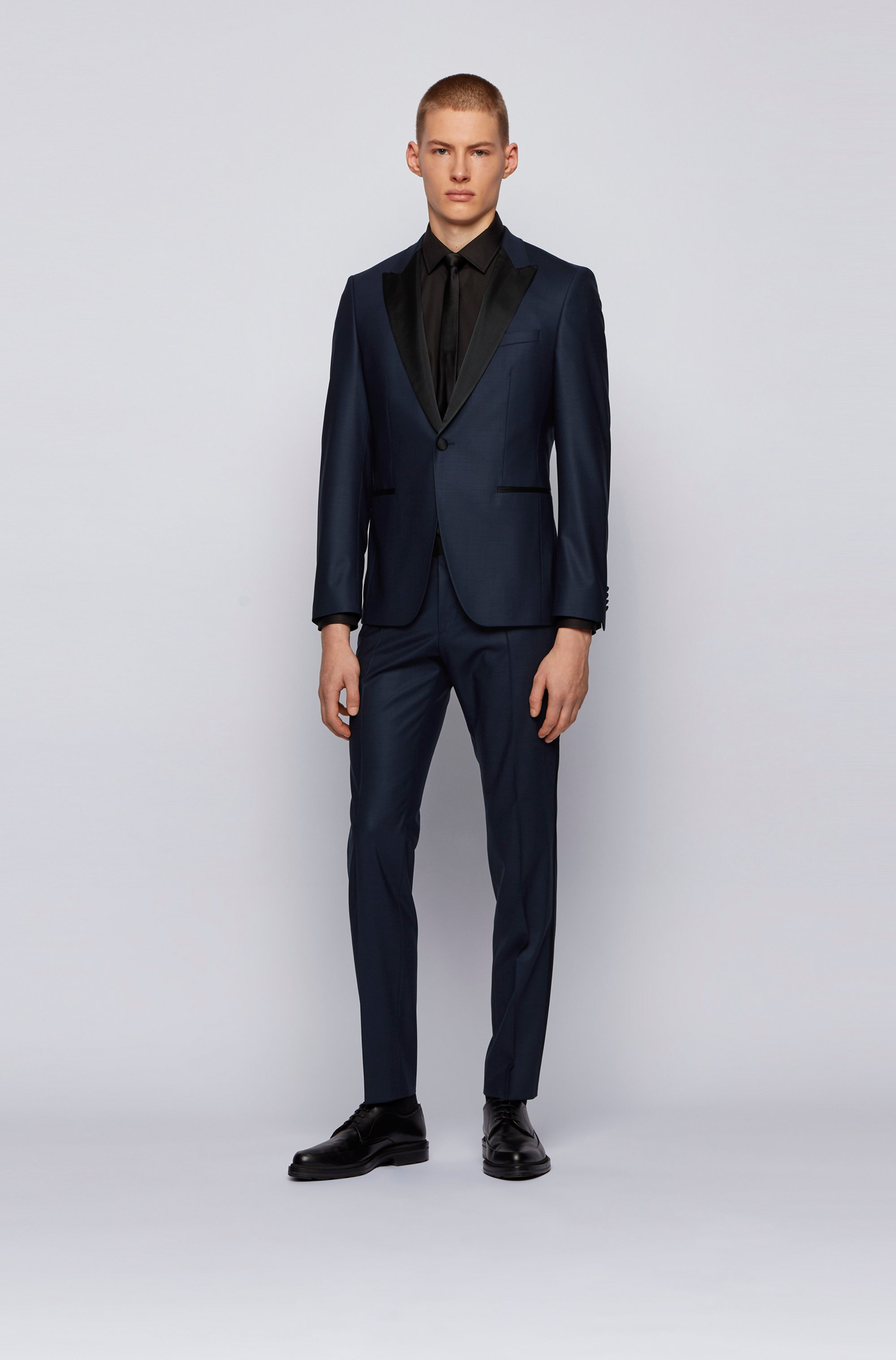 Extra-slim-fit wool-blend suit with silk trims
