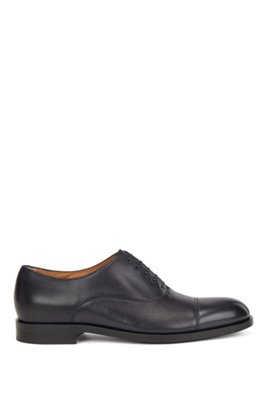 Italian-made Oxford shoes in leather with cap toe, Dark Blue
