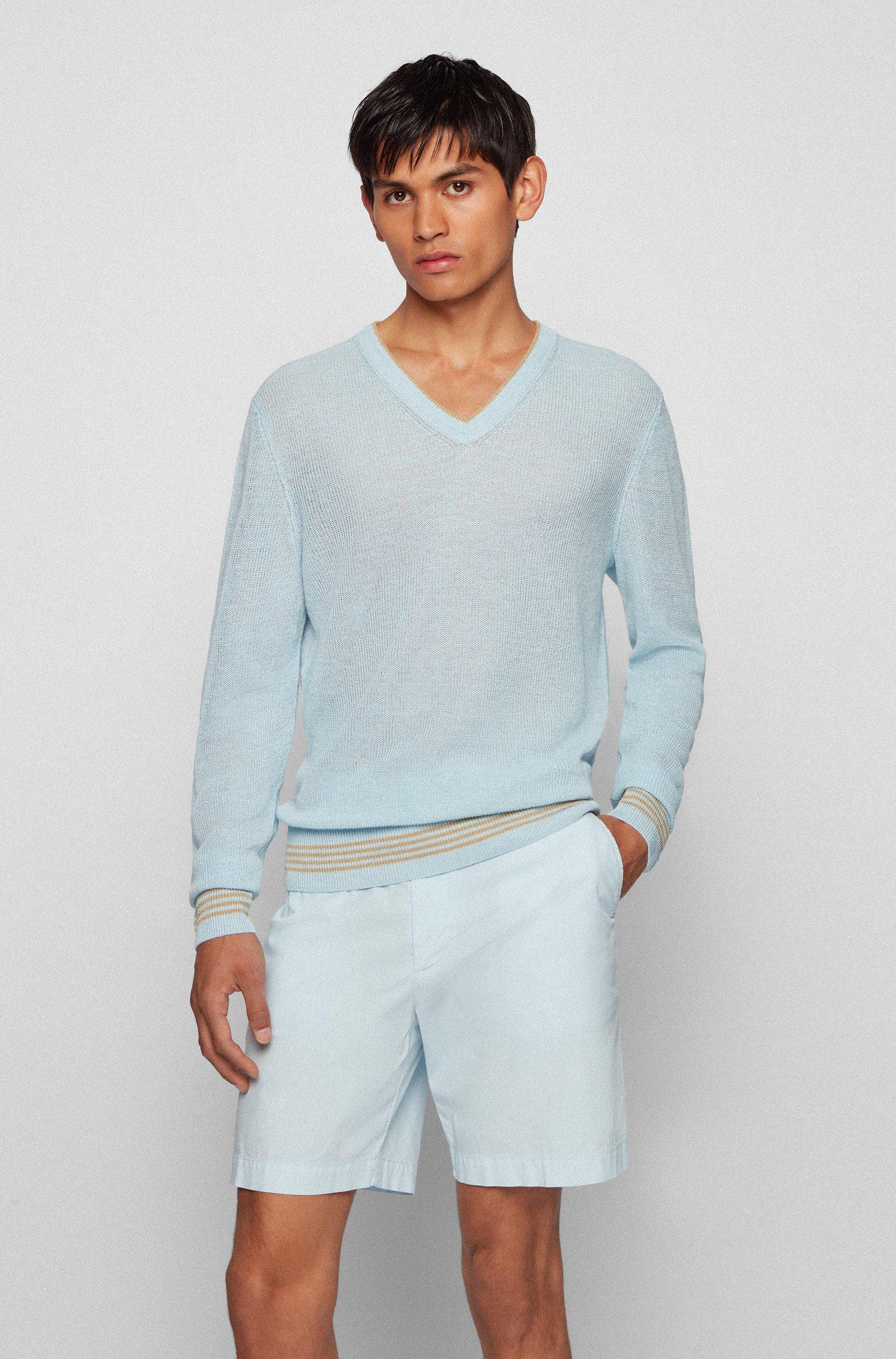 Regular-fit trui van een hennepmix met V-hals, Lichtblauw