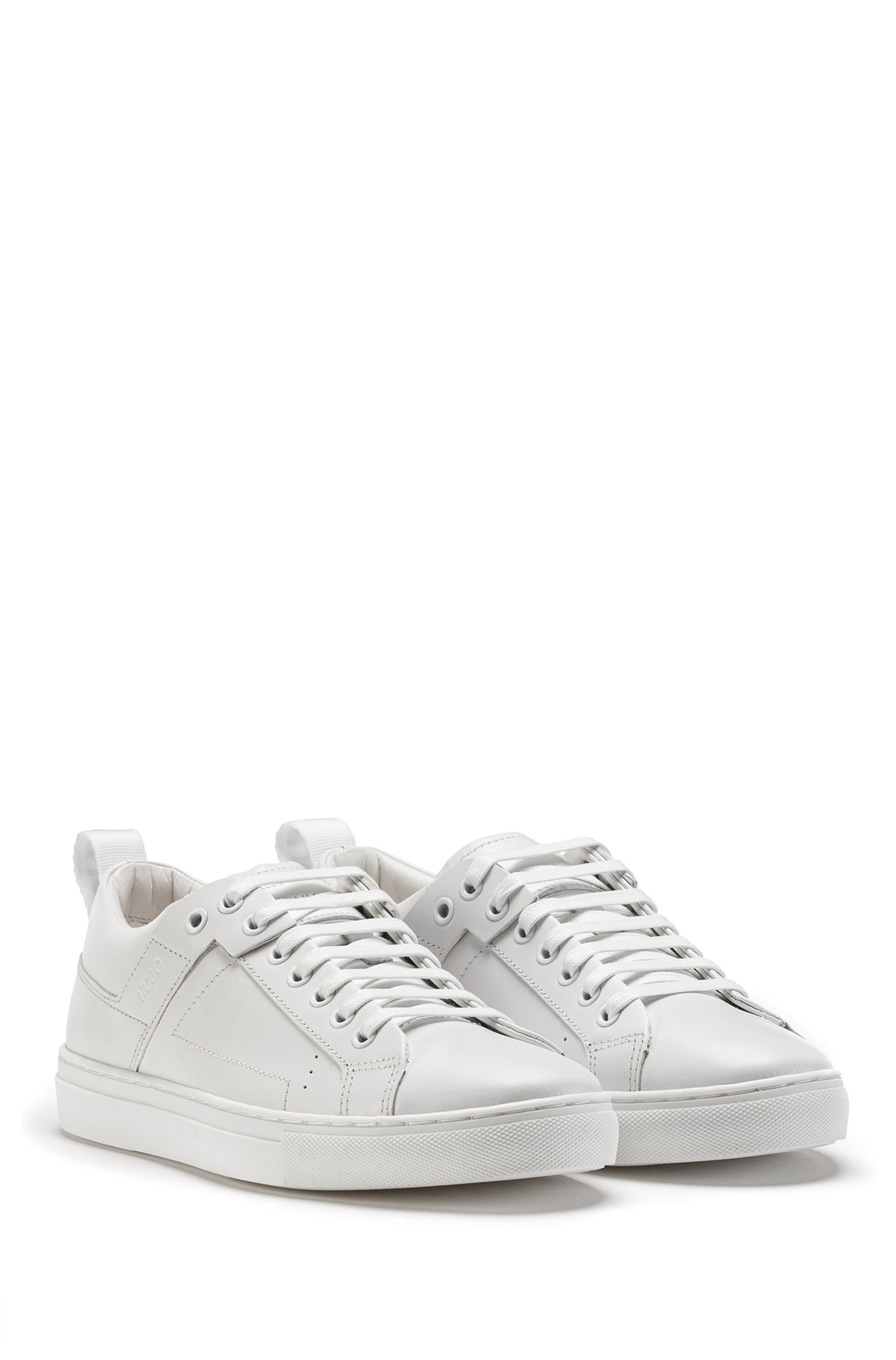 Lace-up trainers in leather with logo pull-loop