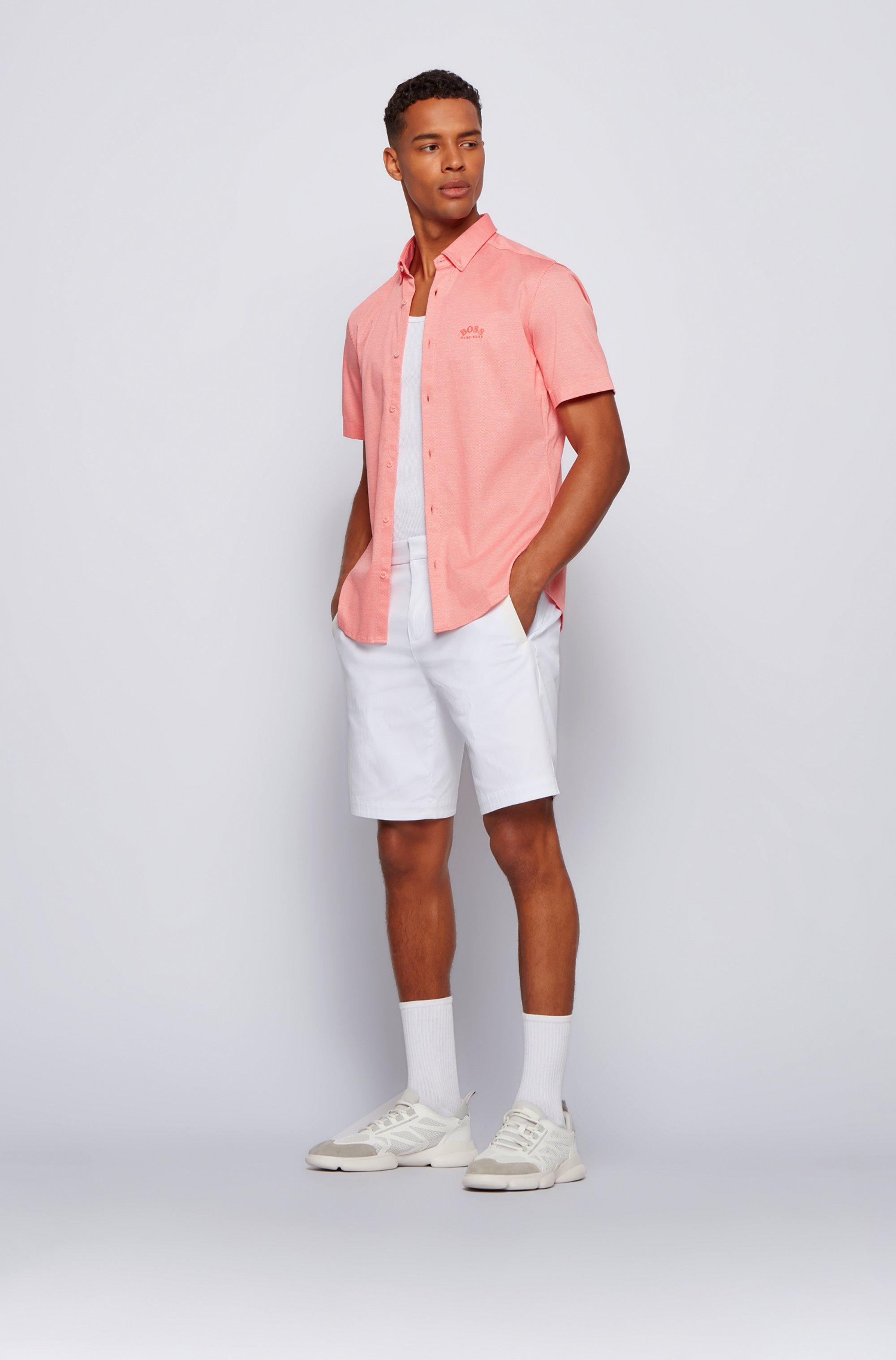 Chemise Regular Fit à manches courtes avec logo incurvé