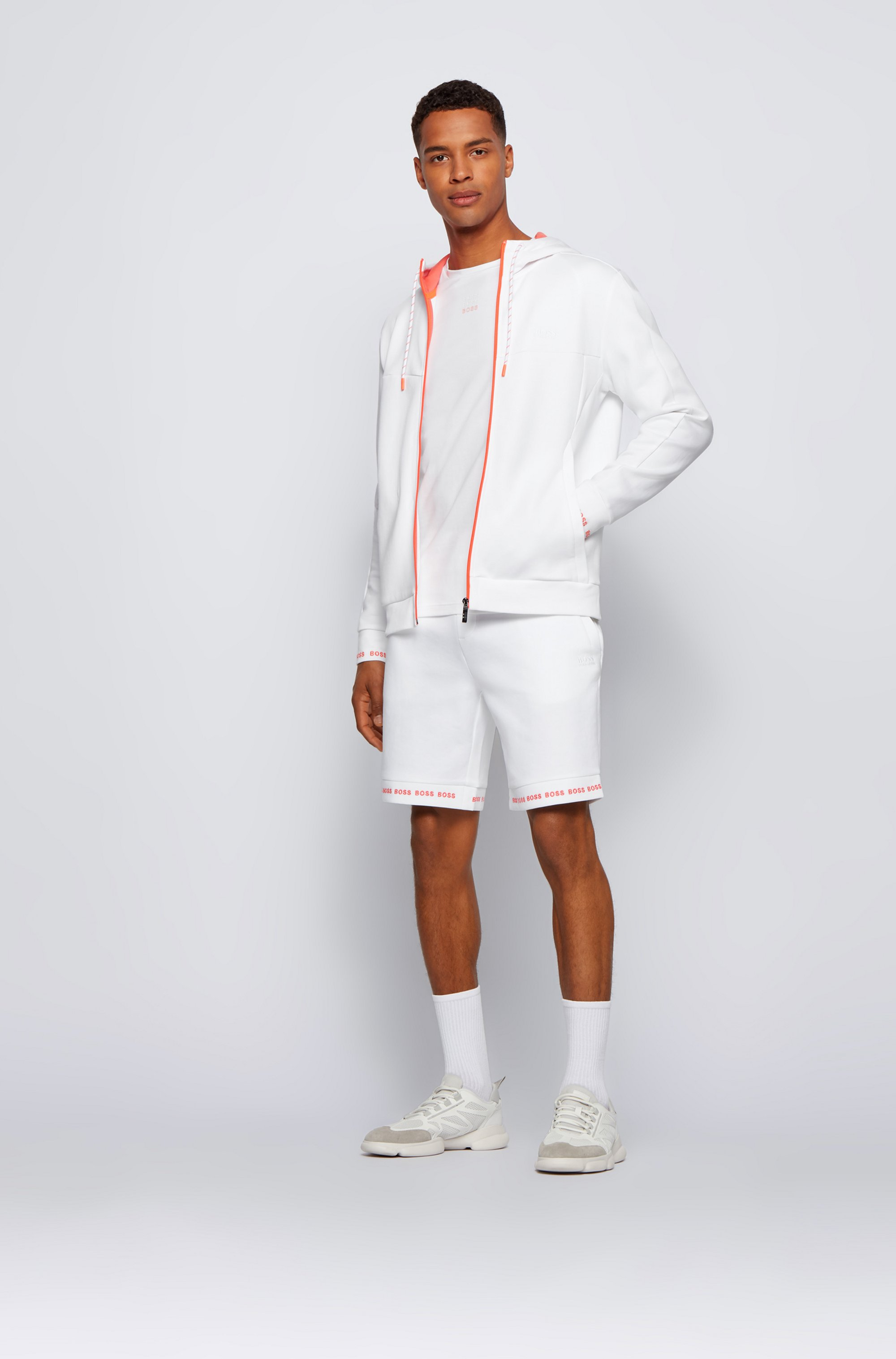Regular-Fit Shorts aus Stretch-Jersey mit Logos am Saum