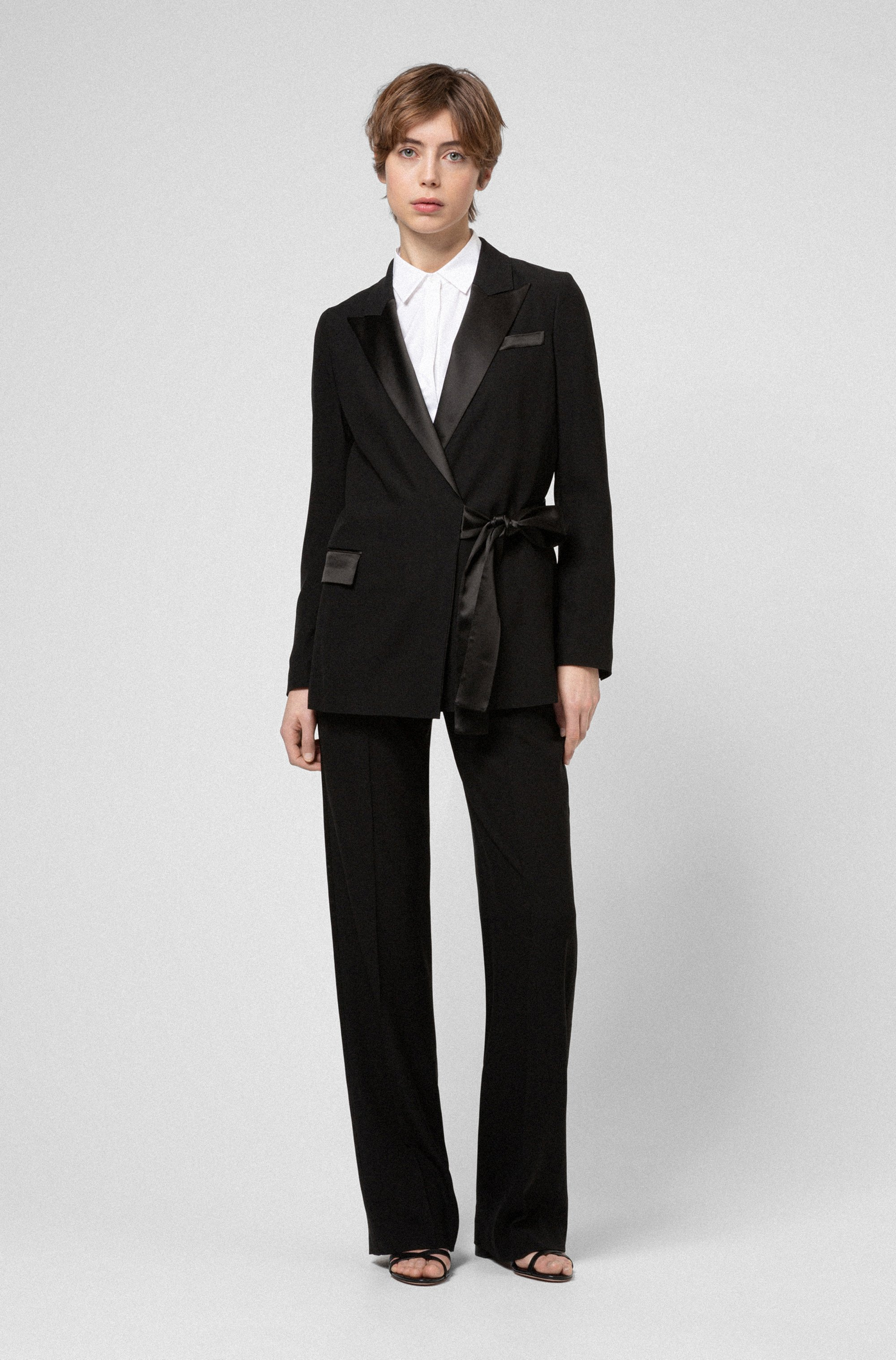 Regular-fit jacket in crepe fabric with lustrous trims