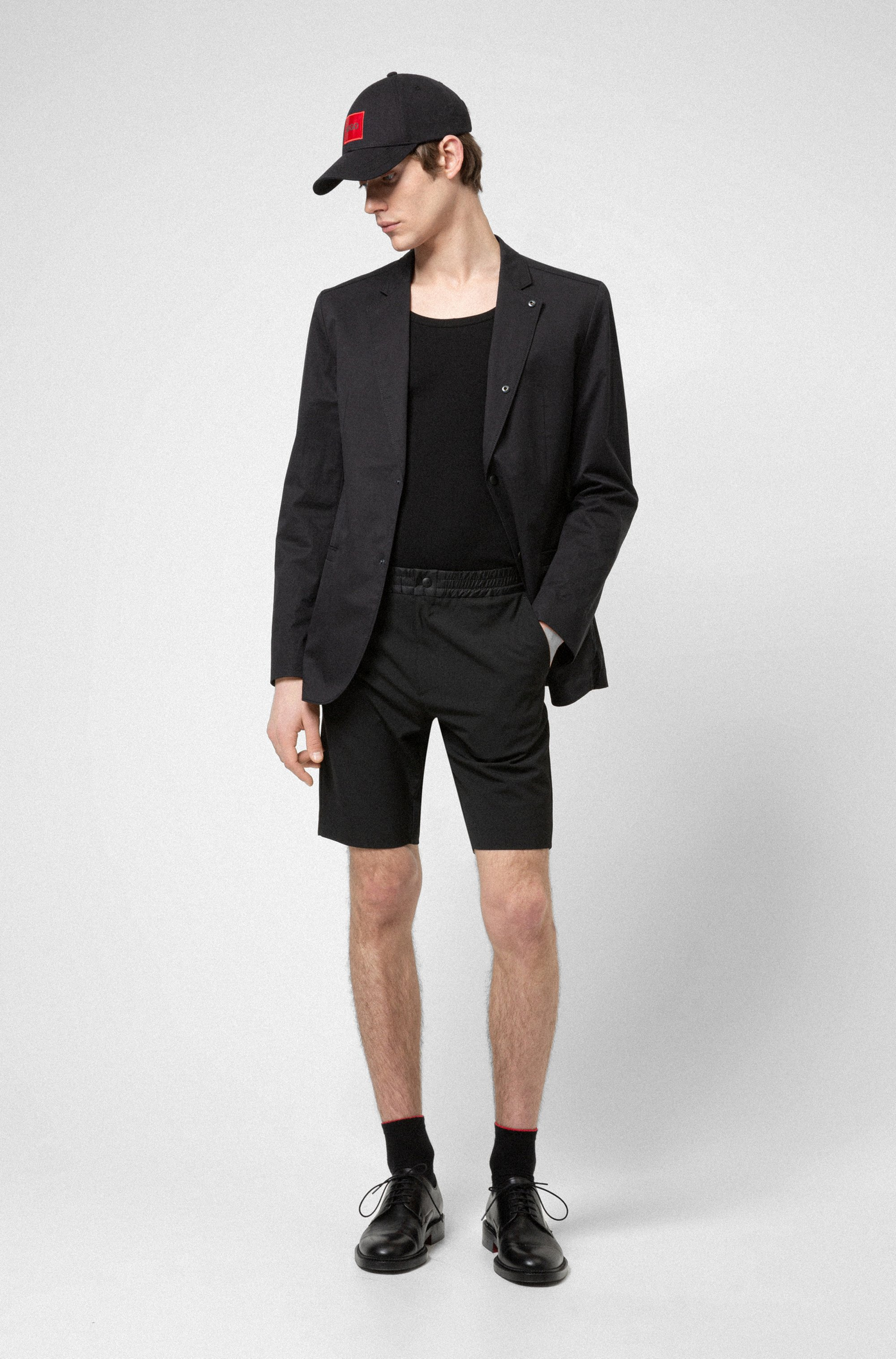 Slim-fit chino shorts with contrast waistband