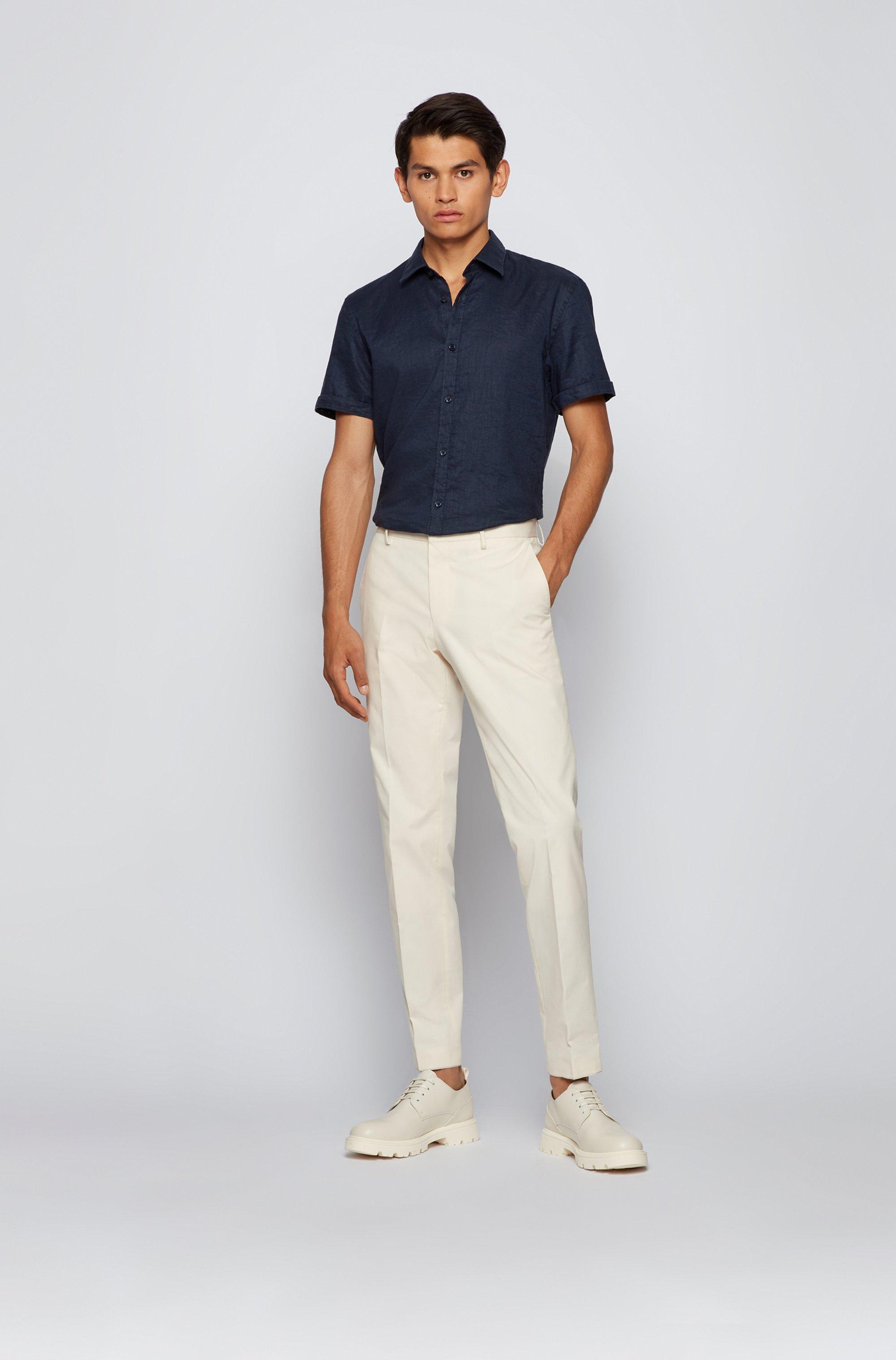 Short-sleeved slim-fit shirt in stretch linen