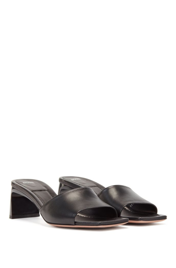 Italian-made mules in nappa leather with square toe