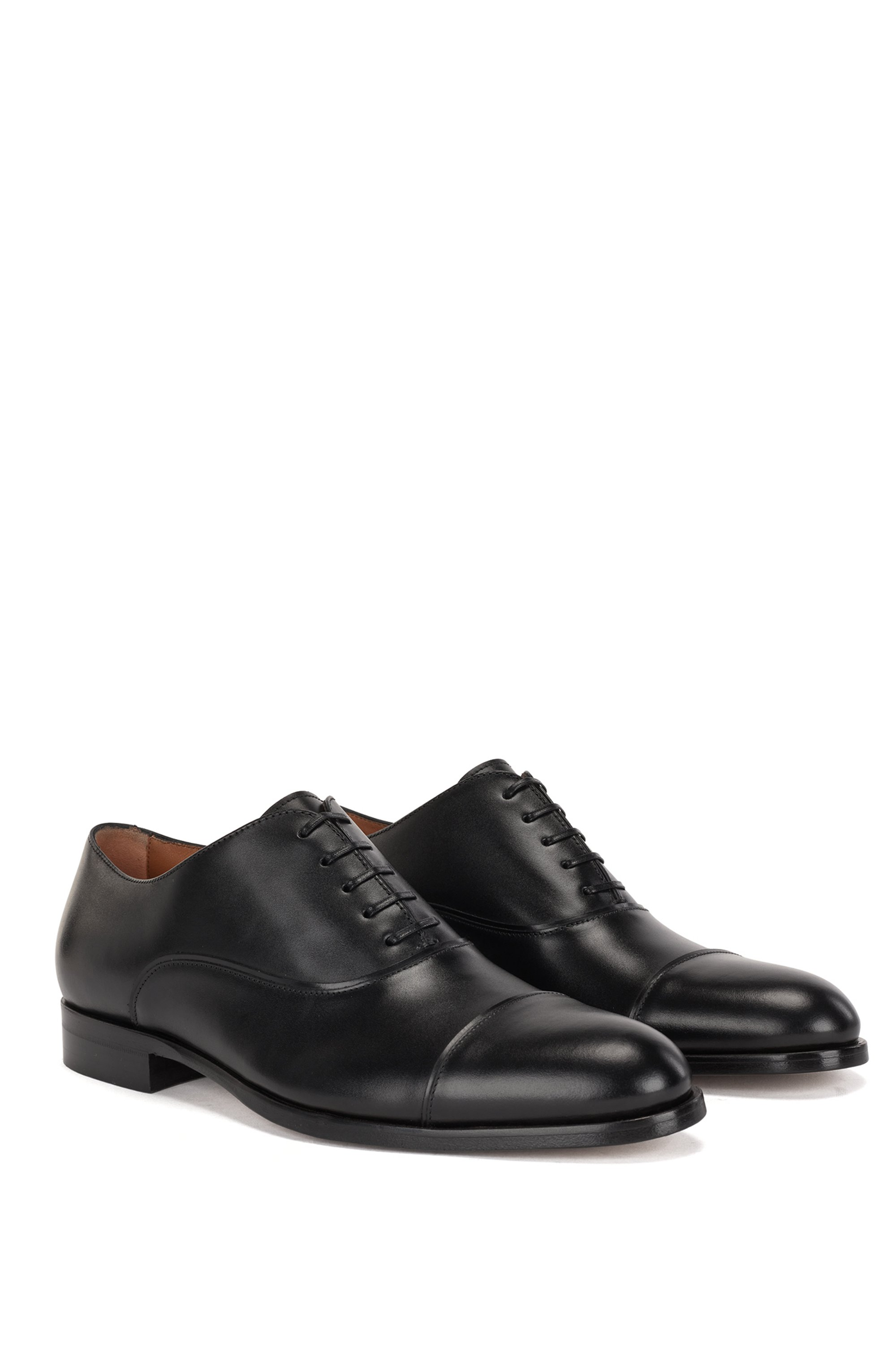 Italian-made cap-toe Oxford shoes in calf leather