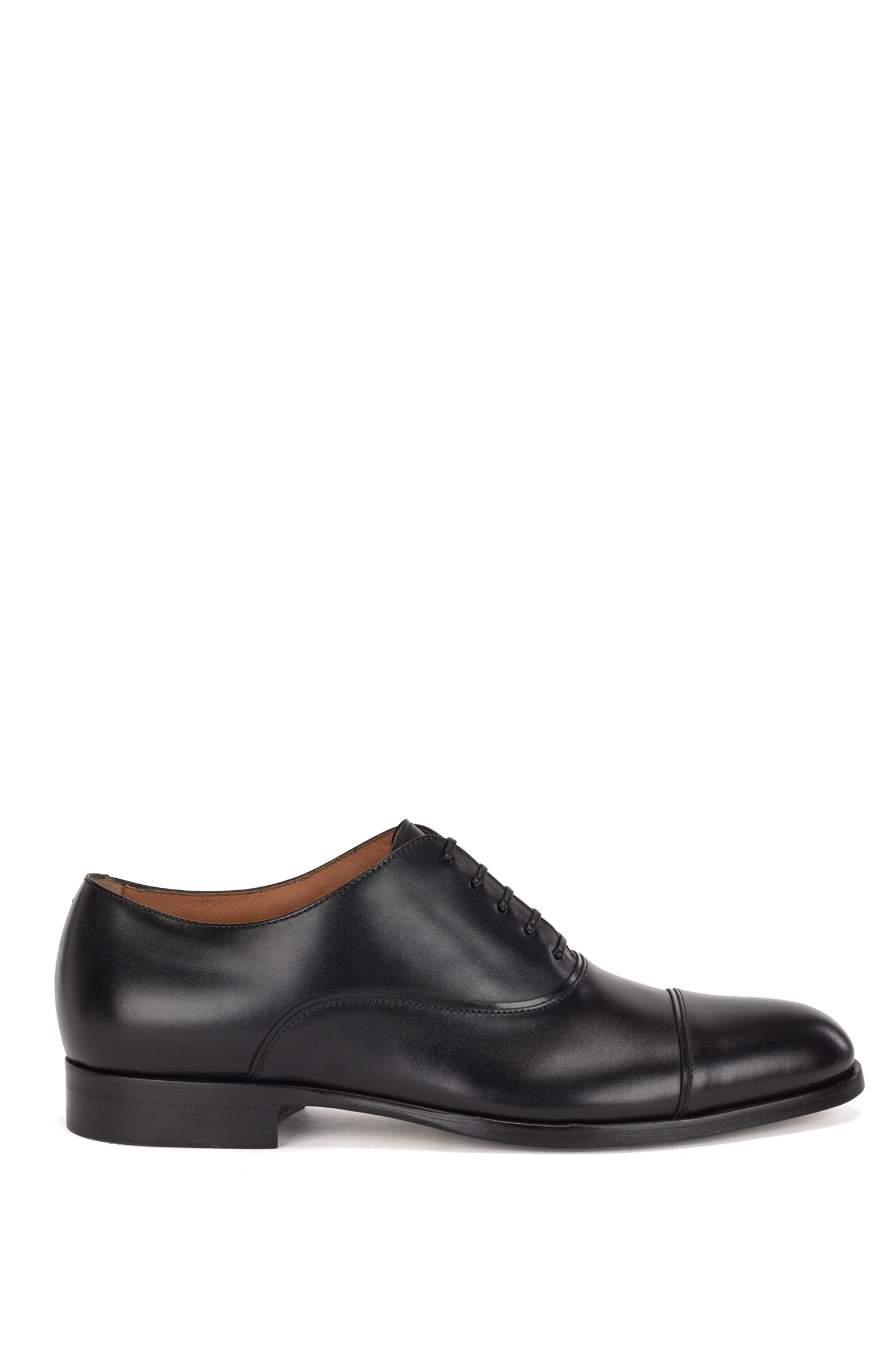 Italian-made cap-toe Oxford shoes in calf leather, Black