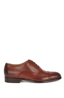 Italian-made cap-toe Oxford shoes in calf leather, Light Brown