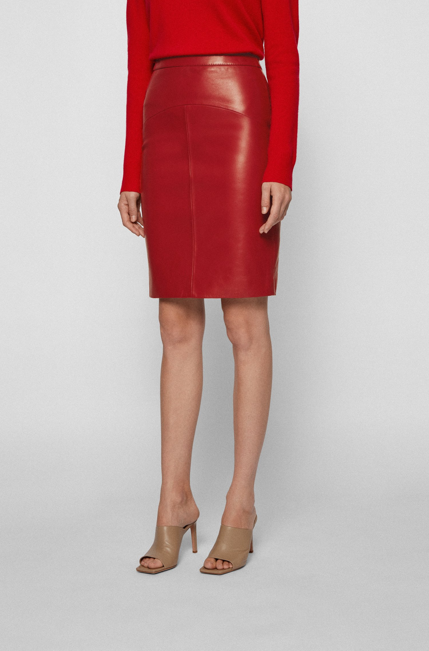 Lamb-leather pencil skirt with rear slit, Dark Red