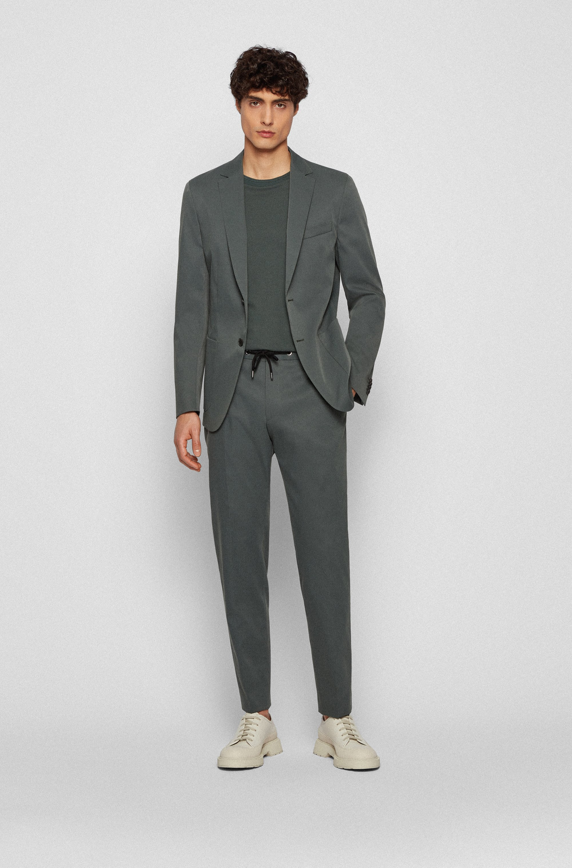 Slim-fit trousers with drawstring waist
