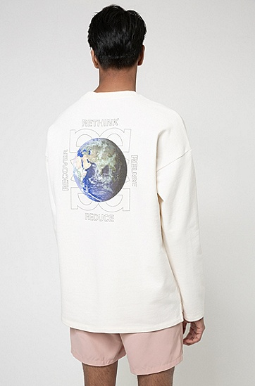 背面图案 Recot²® 棉质常规版型运动衫,  107_Natural