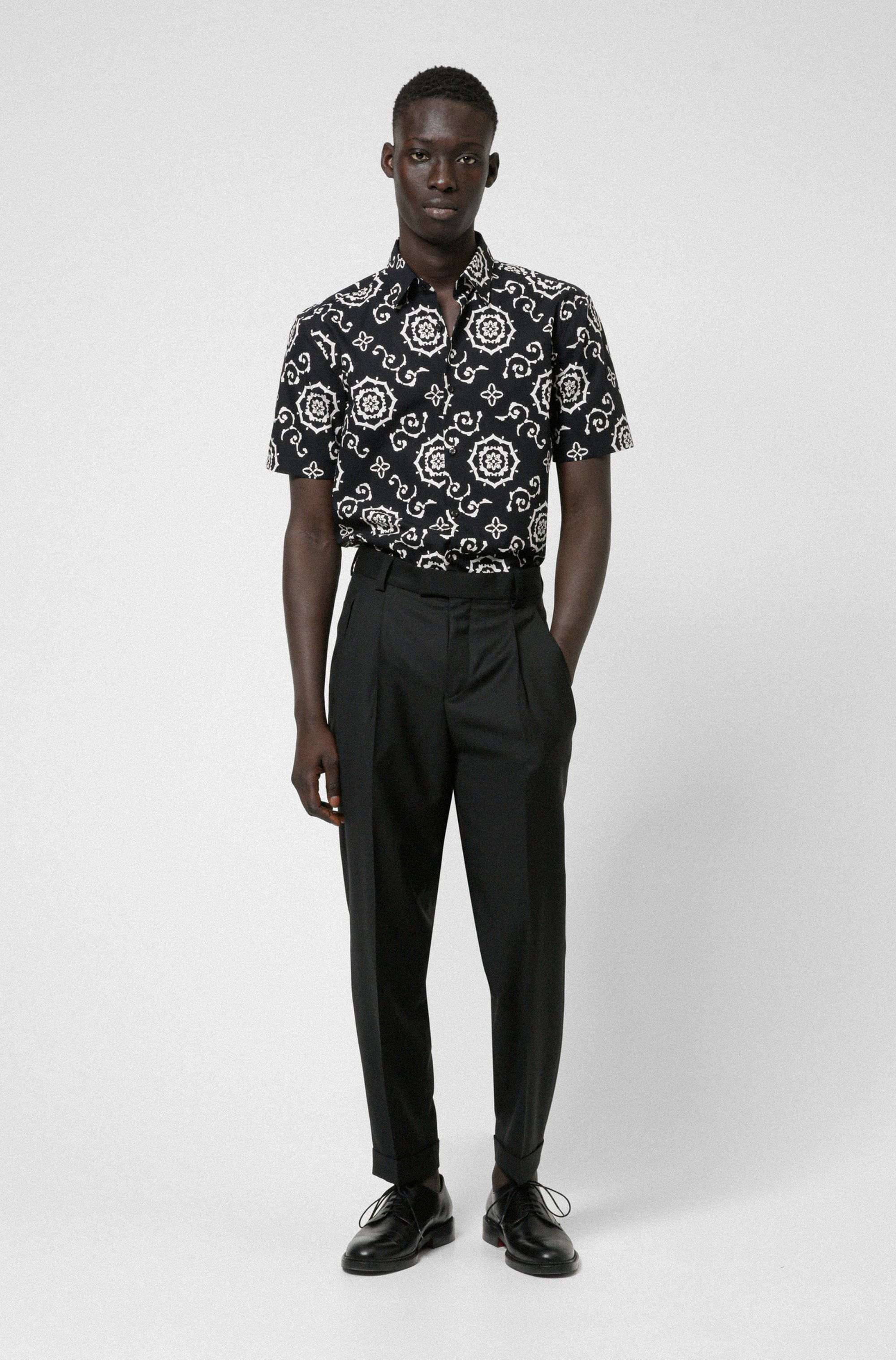 Cotton-canvas slim-fit shirt with all-over print