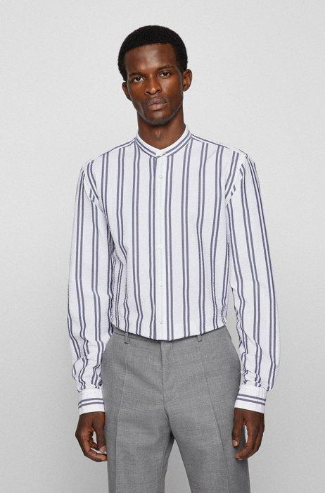 Gestreept slim-fit overhemd van seersucker met opstaande kraag, Wit met dessin