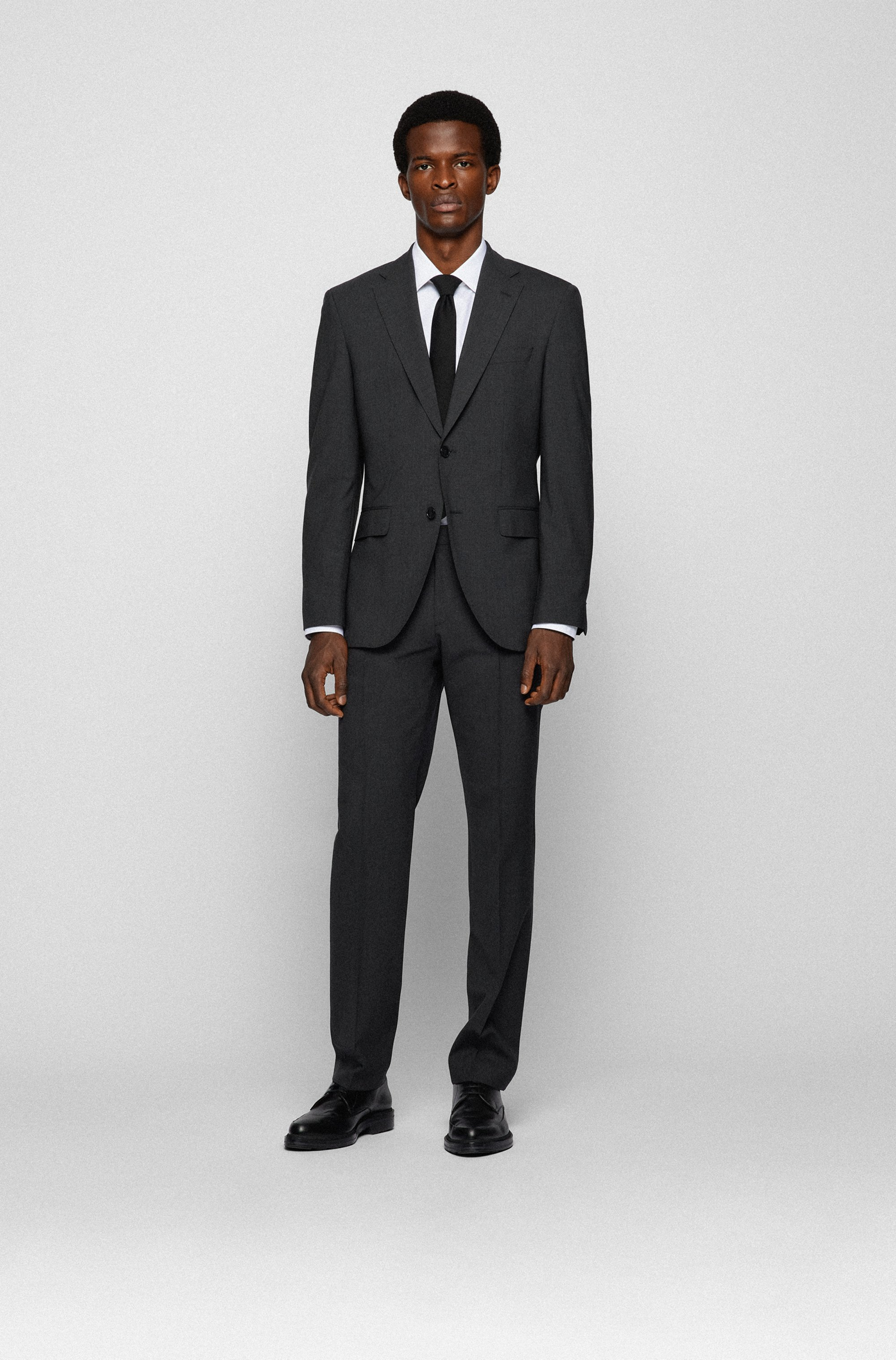 Slim-fit shirt in easy-iron cotton poplin