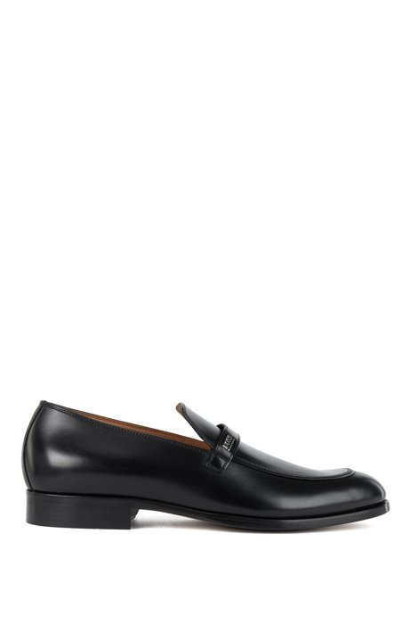 Apron-toe loafers in polished calf leather, Black