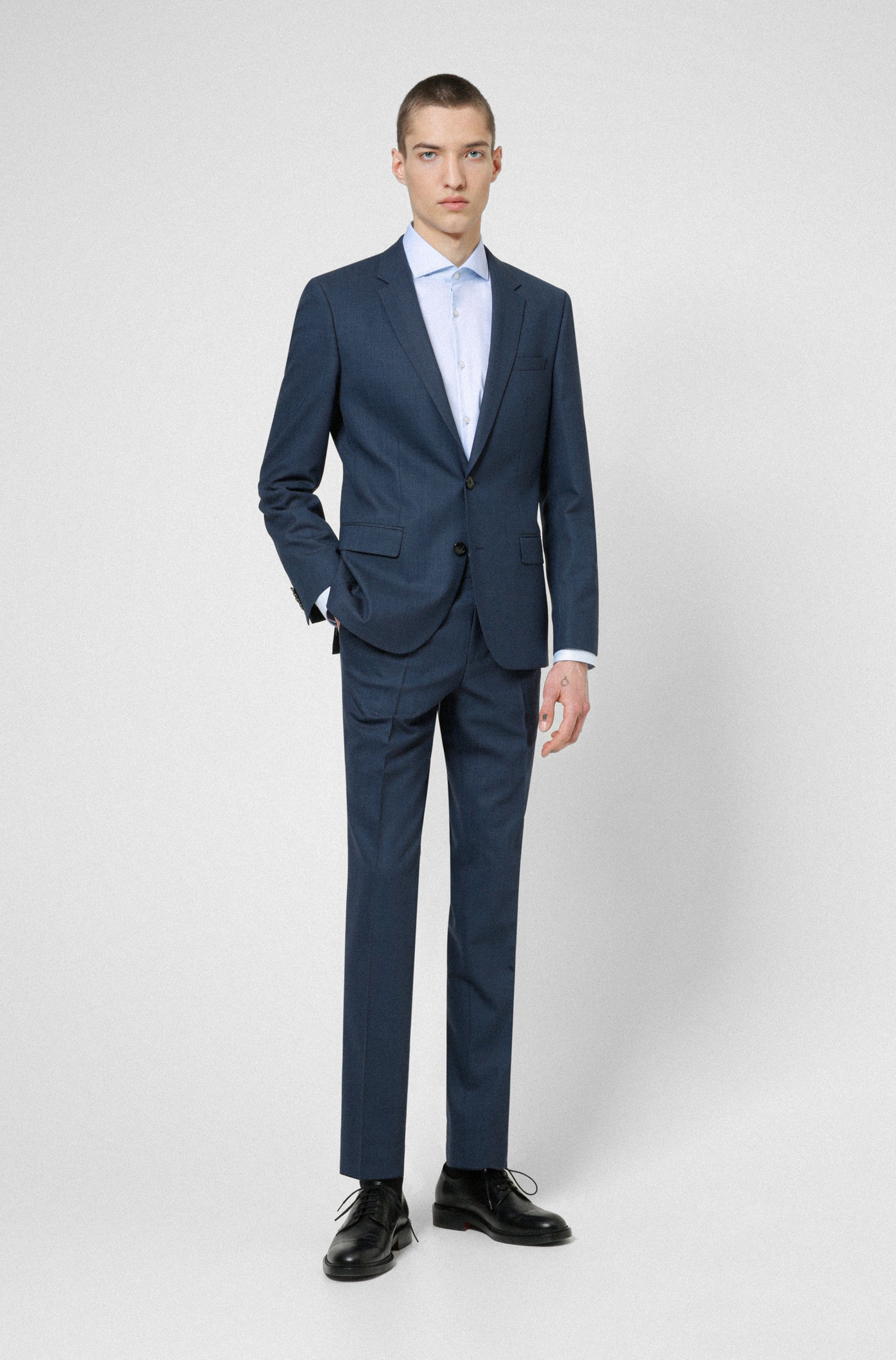 Super-flex slim-fit suit in a patterned wool blend