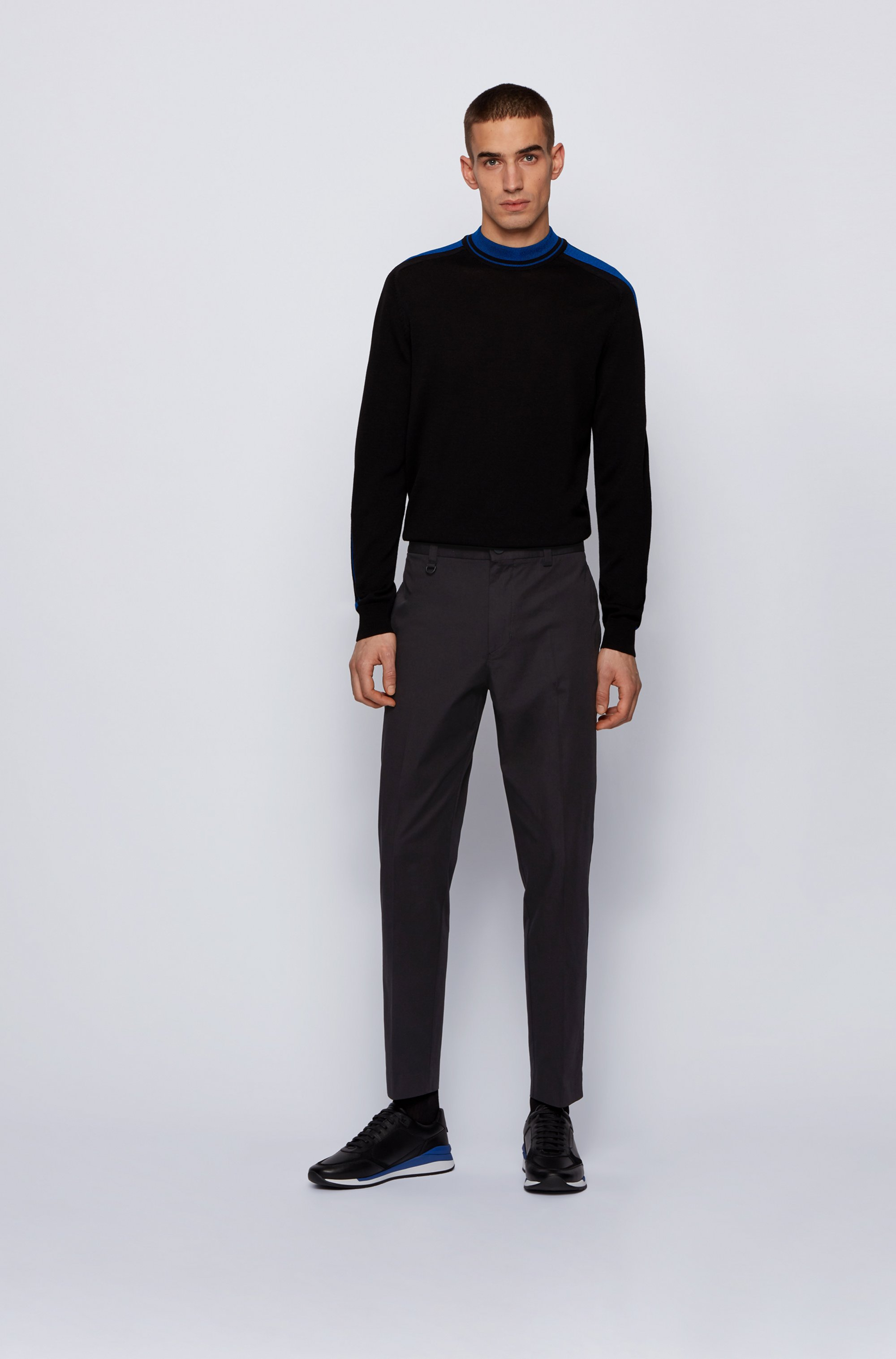 Tapered-fit trousers in bi-stretch cotton