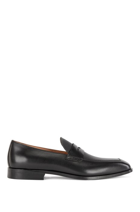 Penny-trim loafers in leather with embossed detailing, Black