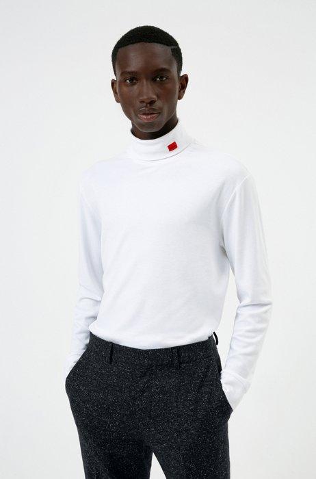 T-shirt van stretchkatoen met col en rood logolabel, Wit