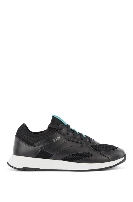 Low-top trainers in leather and mesh, Black
