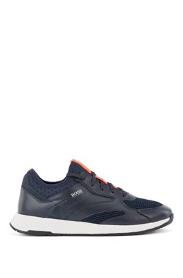 Sneakers aus Leder und Mesh, Dunkelblau