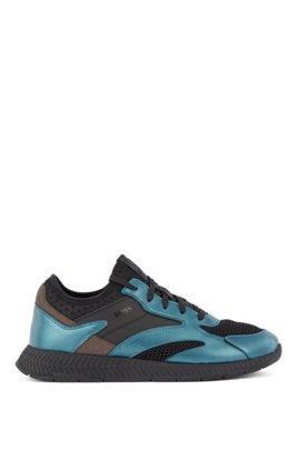 Baskets hybrides inspirées des chaussures de course avec garnitures métallisées, bleu clair