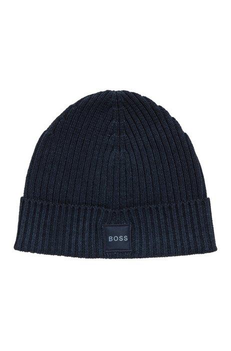 Ribbed beanie hat in virgin wool with logo badge, Dark Blue