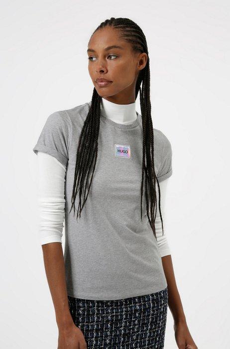 Slim-Fit T-Shirt aus Baumwolle mit rotem Logo-Etikett, Grau