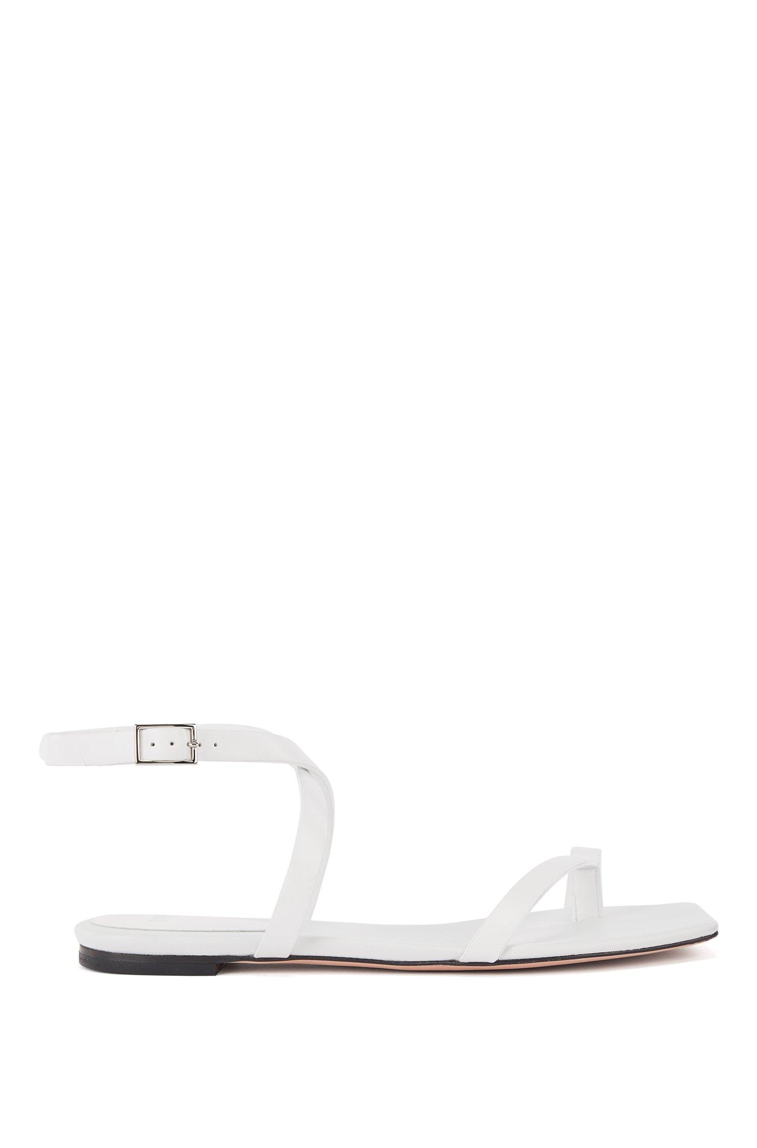 Sandalias planas de piel italiana con tiras y puntera cuadrada, Blanco