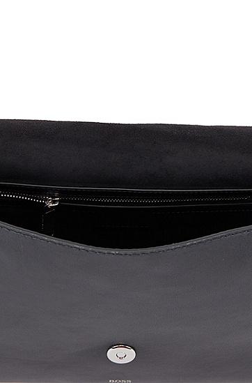 金属孔眼装饰纳帕革手拿包,  001_Black